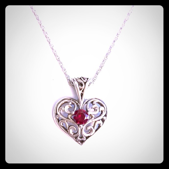 Sterling silver and garnet heart pendant and chain